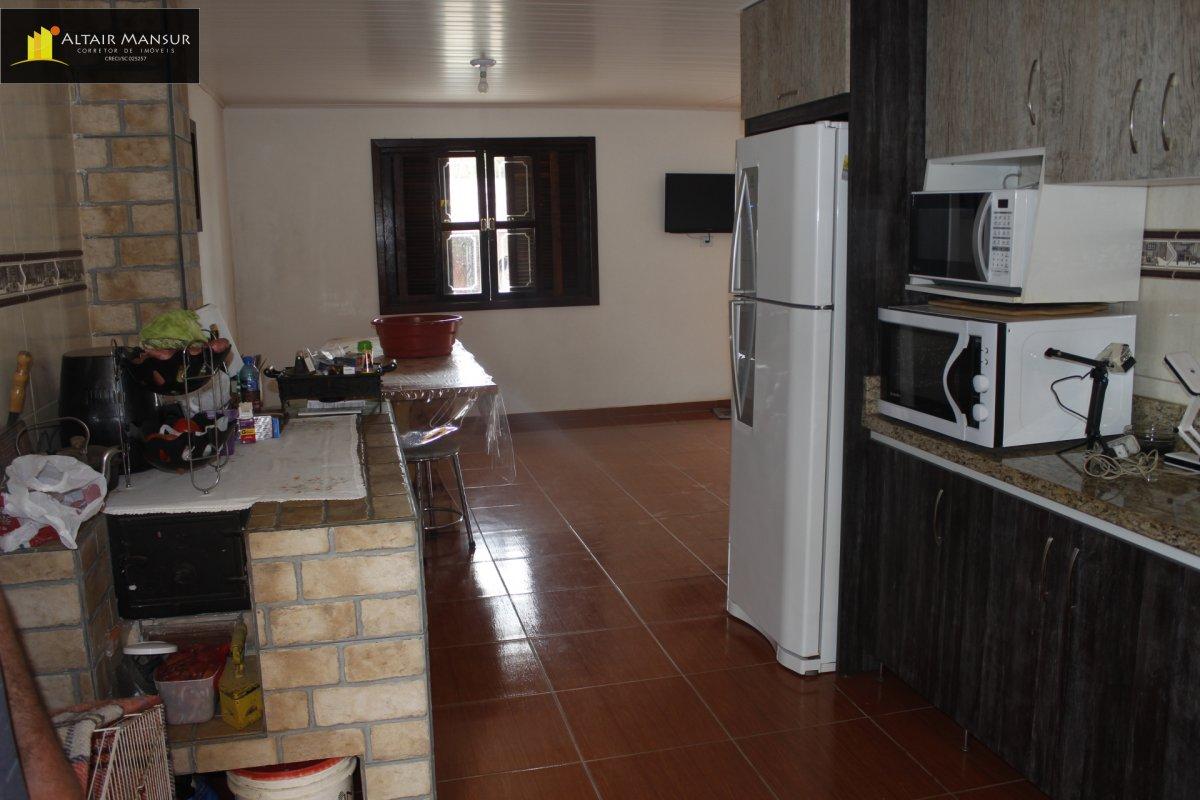 Casa com 3 Dormitórios à venda, 250 m² por R$ 230.000,00