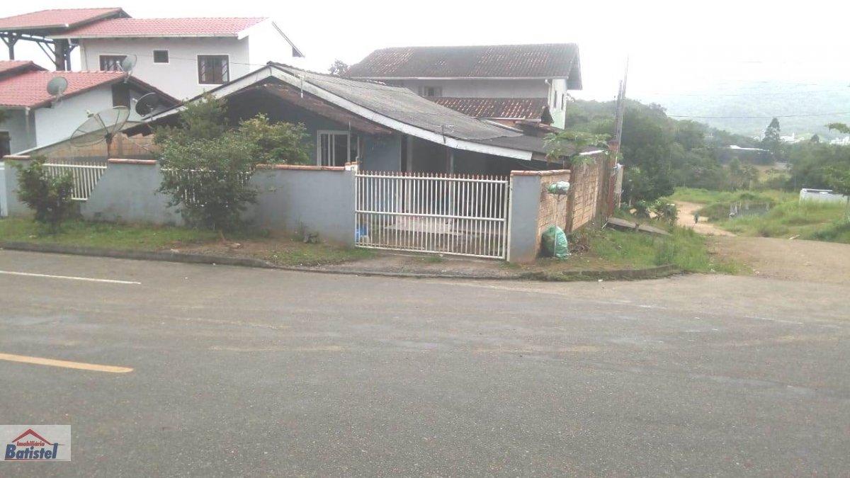 Casa a Venda no bairro Estrada Nova em Jaraguá do Sul - SC.  - CA0218