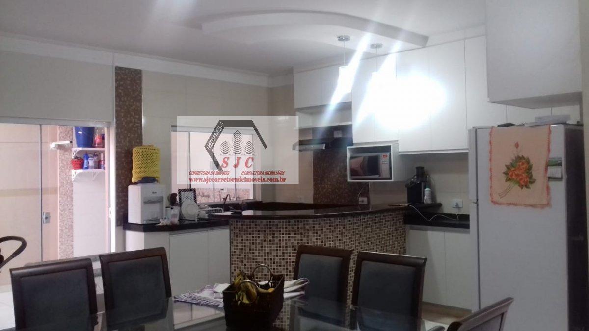 Casa a Venda no bairro Jardim das Orquídeas em Americana - SP. 1 banheiro, 2 dormitórios, 1 suíte, 2 vagas na garagem, 1 cozinha,  área de serviço,  s