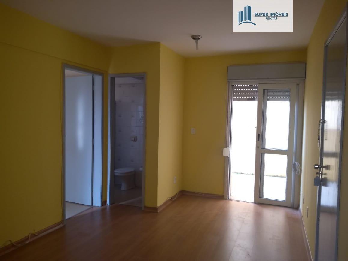 Apartamento a Venda no bairro Centro em Pelotas - RS. 1 banheiro, 1 dormitório, 1 cozinha,  área de serviço.  - 405