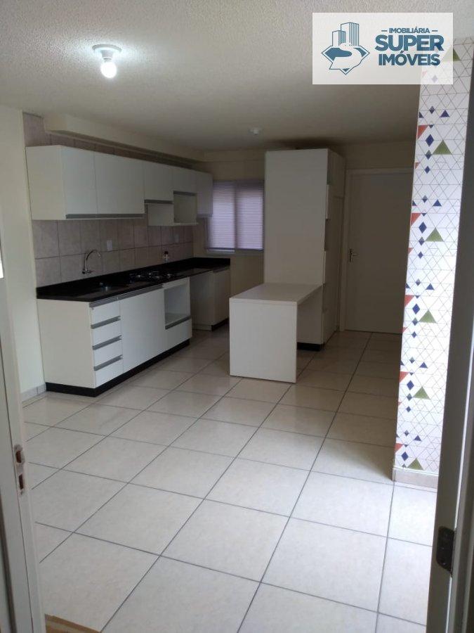 Apartamento a Venda no bairro Três Vendas em Pelotas - RS. 1 banheiro, 2 dormitórios, 1 vaga na garagem, 1 cozinha,  sala de estar.  - 466