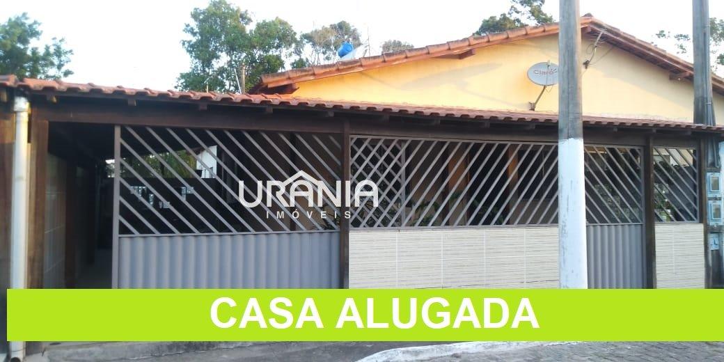 Casa para Alugar no bairro Santa Paula ll em Vila Velha - ES. 1 banheiro, 2 dormitórios, 2 vagas na garagem, 1 cozinha,  área de serviço,  sala de jan