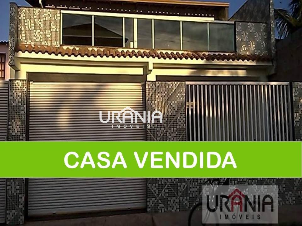 Casa a Venda no bairro Santa Paula II em Vila Velha - ES. 3 banheiros, 2 dormitórios, 2 suítes, 1 vaga na garagem, 1 cozinha,  área de serviço,  copa,