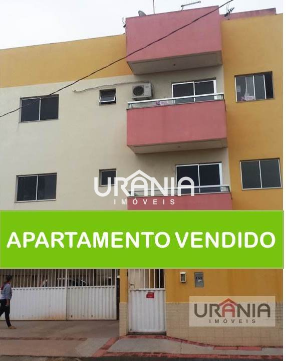 Apartamento a Venda no bairro Santa Paula em Vila Velha - ES. 1 banheiro, 2 dormitórios, 1 vaga na garagem, 1 cozinha,  área de serviço,  sala de esta