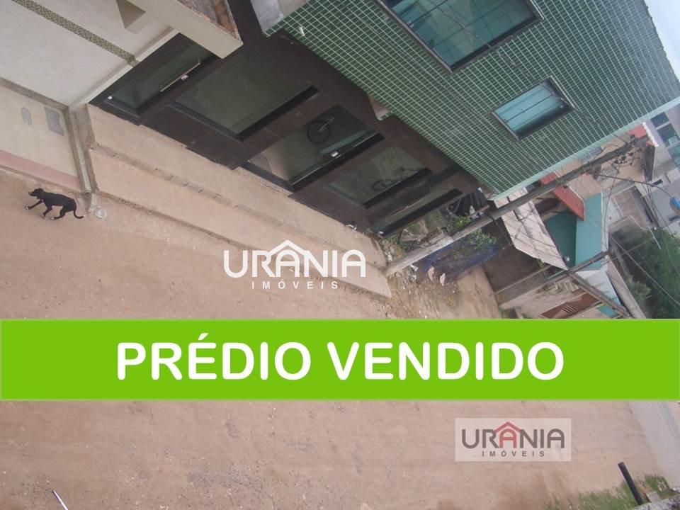 Prédio a Venda no bairro Santa Paula II em Vila Velha - ES. 4 banheiros, 2 vagas na garagem.  - 138