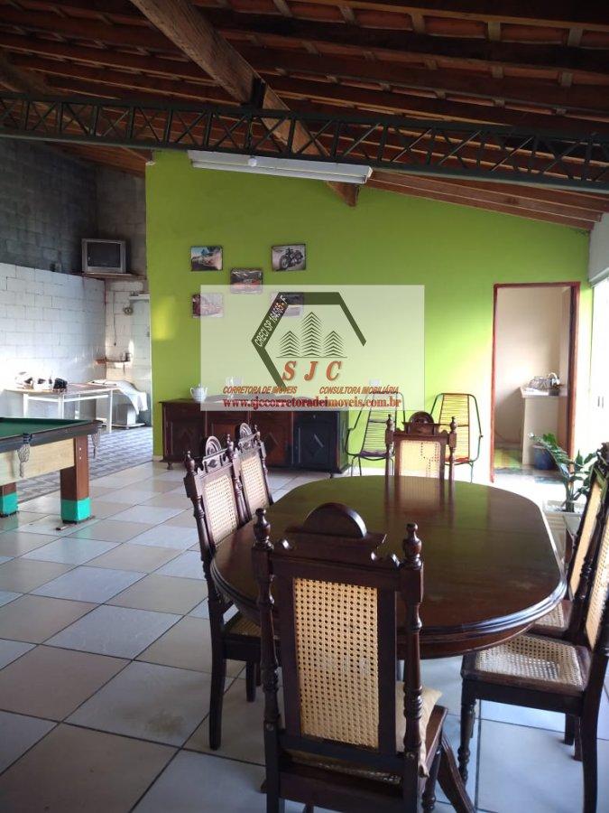 Chácara a Venda no bairro Balsa em Americana - SP. 2 banheiros, 2 dormitórios, 10 vagas na garagem, 1 cozinha,  área de serviço,  sala de estar,  sala