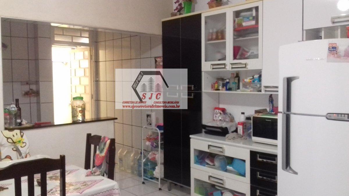 Casa a Venda no bairro Jardim Sta Rosa II em Santa Bárbara D´Oeste - SP. 1 banheiro, 2 dormitórios, 2 vagas na garagem, 1 cozinha,  área de serviço,