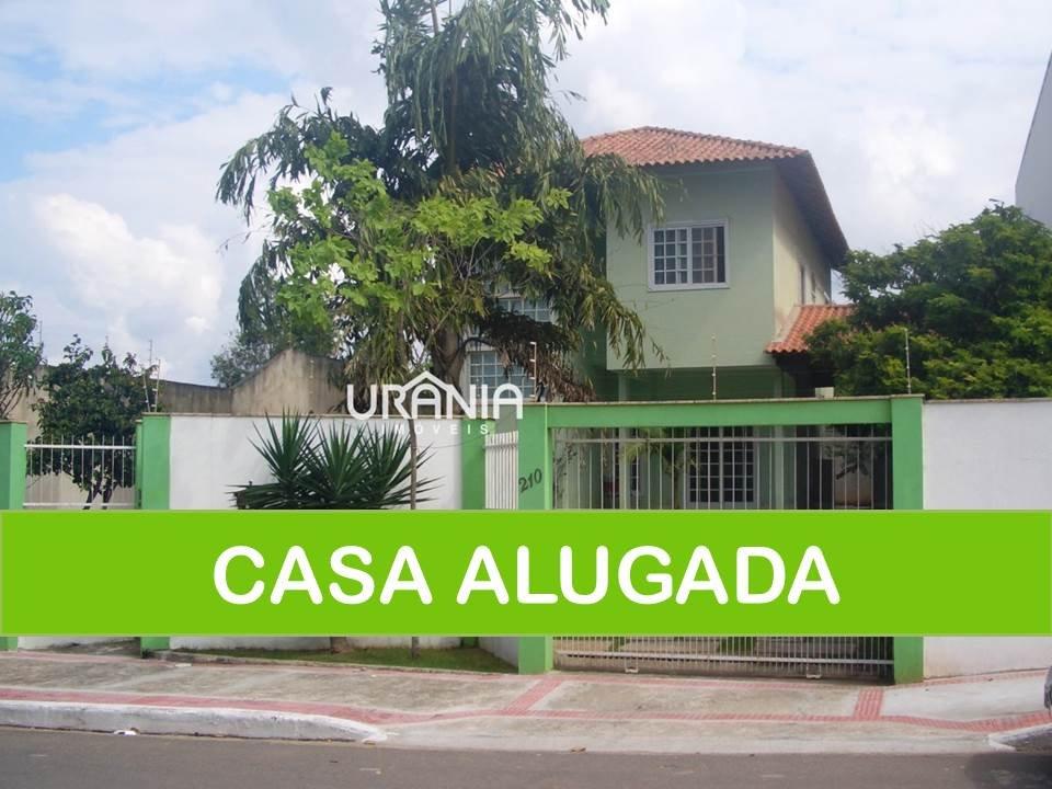 Casa a Venda e para Alugar no bairro Santa Paula em Vila Velha - ES. 3 banheiros, 3 dormitórios, 1 suíte, 6 vagas na garagem, 1 cozinha,  closet,  áre