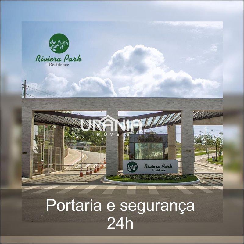 Casa a Venda no bairro Santa Paula em Vila Velha - ES. 6 banheiros, 4 dormitórios, 4 suítes, 5 vagas na garagem, 2 cozinhas,  closet,  área de serviço