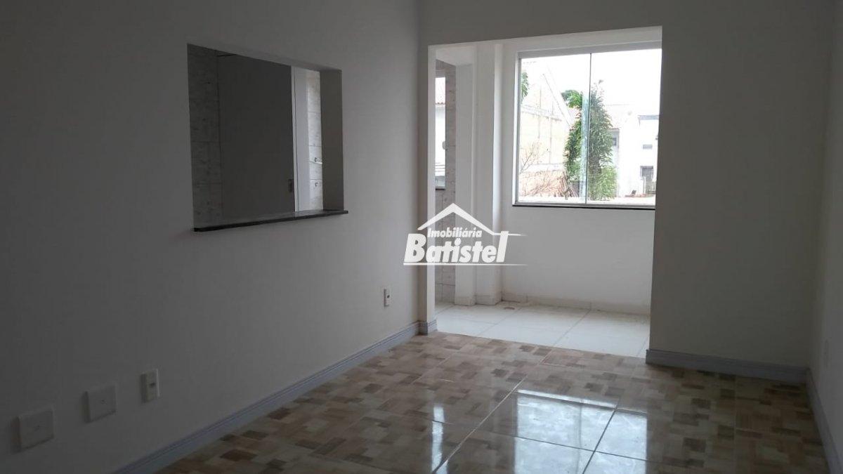 Apartamento a Venda no bairro Loteamento Ouro Verde I em Campo Largo - PR. 2 banheiros, 2 dormitórios, 1 suíte, 1 vaga na garagem, 1 cozinha,  área de