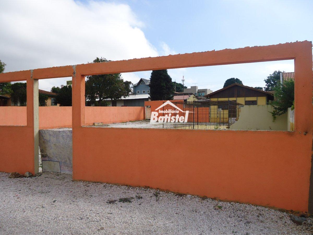 Ponto comercial para Alugar no bairro Jardim Busmayer em Campo Largo - PR. 1 banheiro, 3 dormitórios, 1 cozinha,  sala de estar.  - PC0014