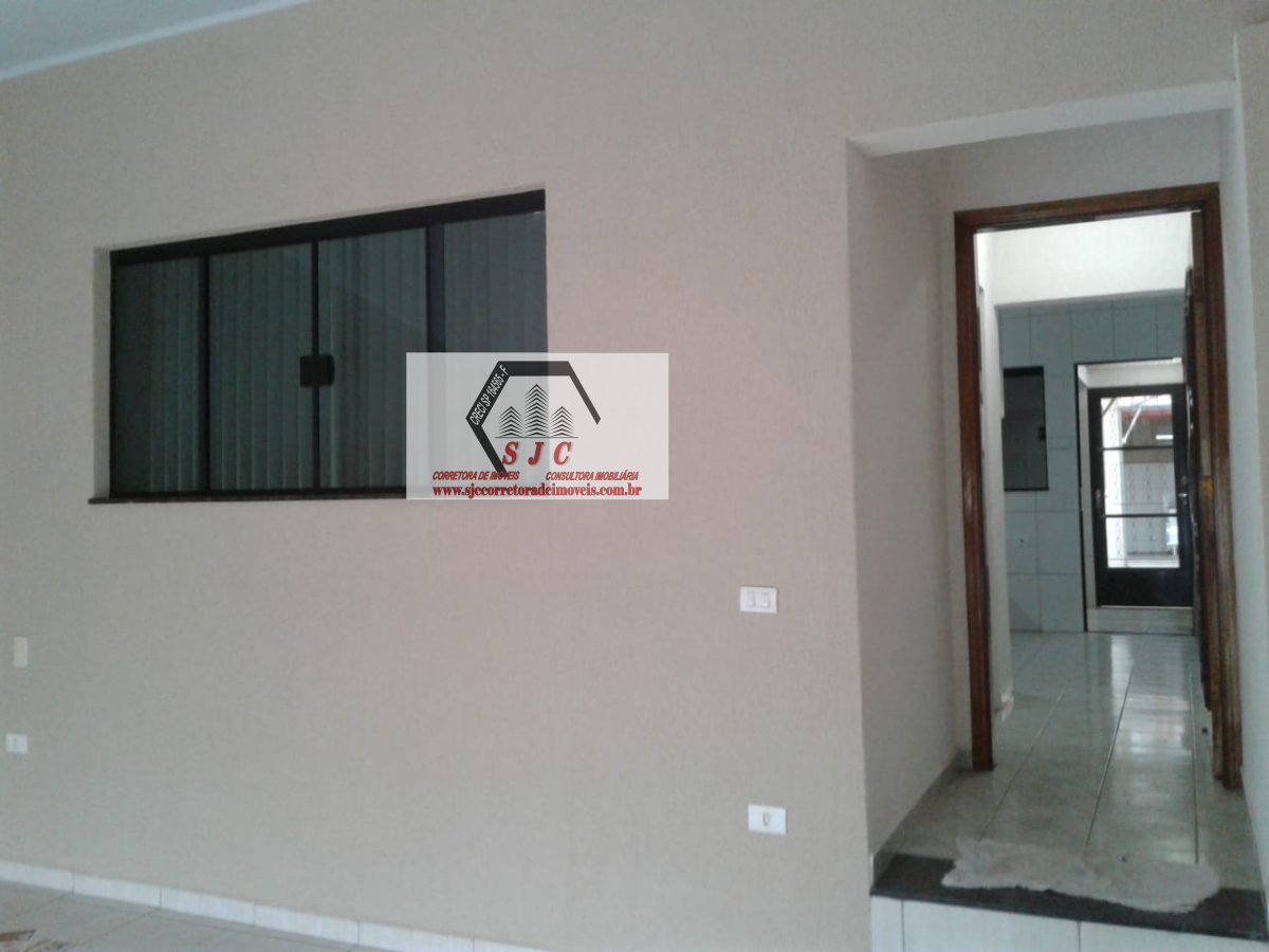 Casa a Venda no bairro Cidade Nova em Santa Bárbara D´Oeste - SP. 2 banheiros, 2 dormitórios, 2 vagas na garagem, 1 cozinha,  área de serviço,  sala d