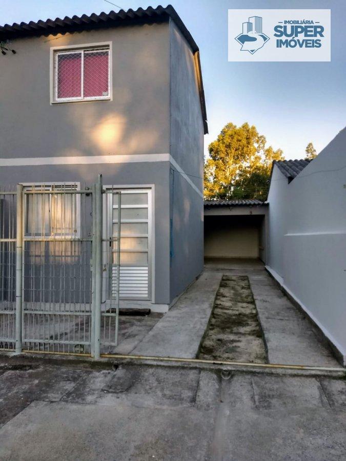 Casa a Venda no bairro Três Vendas em Pelotas - RS. 1 banheiro, 2 dormitórios, 1 cozinha,  sala de estar,  sala de jantar.  - 598