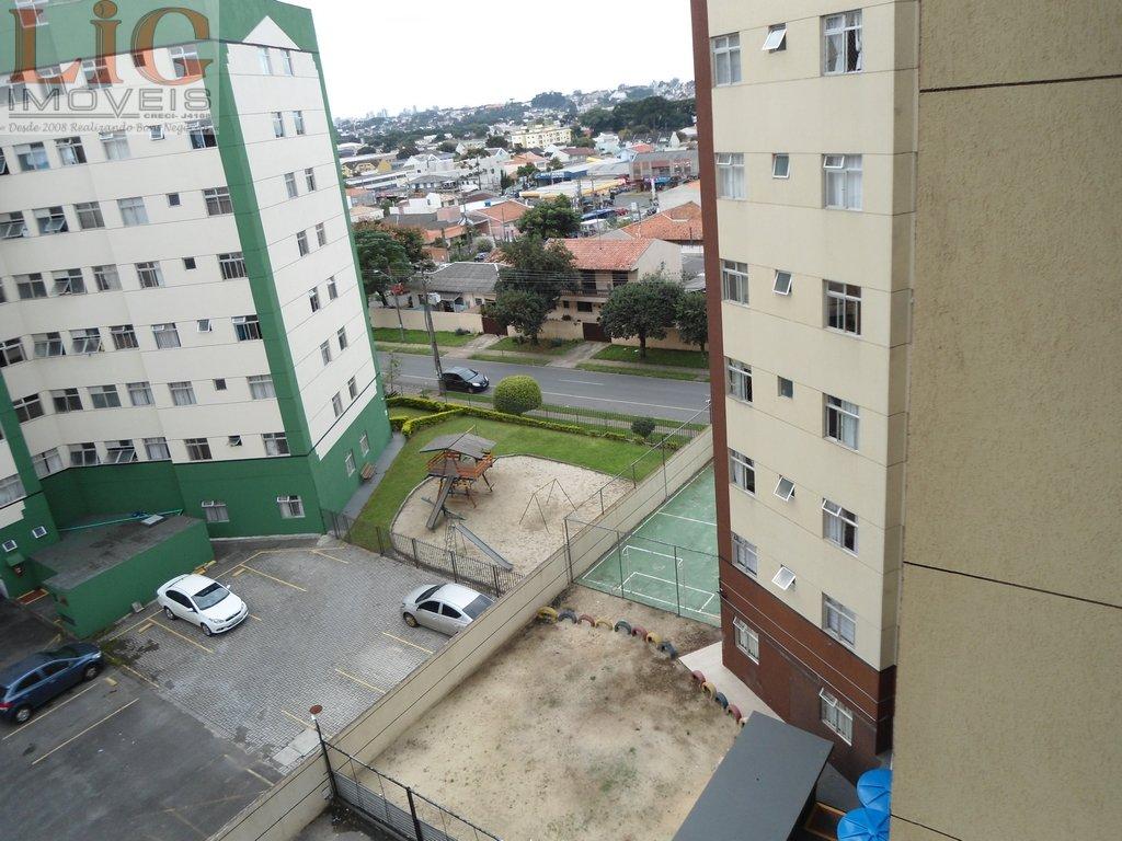 Apartamento a Venda no bairro Hauer em Curitiba - PR. 1 banheiro, 2 dormitórios, 1 vaga na garagem, 1 cozinha,  área de serviço,  sala de jantar.  - A