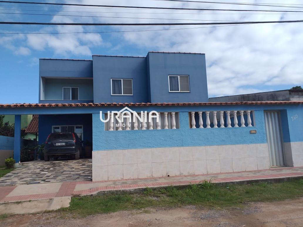 Casa a Venda no bairro Santa Paula II em Vila Velha - ES. 3 banheiros, 5 dormitórios, 2 suítes, 5 vagas na garagem,  closet,  área de serviço,  sala d