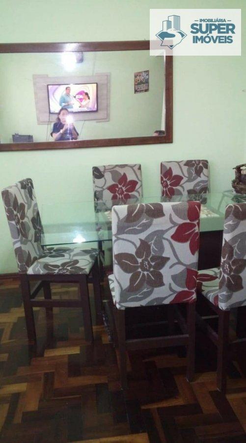 Apartamento a Venda no bairro Centro em Pelotas - RS. 1 banheiro, 3 dormitórios, 1 cozinha,  área de serviço,  sala de estar,  sala de jantar.  - 646