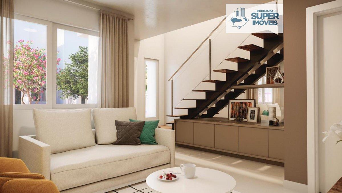 Casa a Venda no bairro Fragata em Pelotas - RS. 1 banheiro, 2 dormitórios, 1 vaga na garagem, 1 cozinha,  área de serviço,  sala de estar,  sala de ja