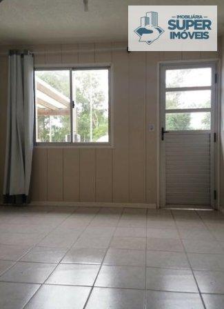 Casa a Venda no bairro Vila Maria José em Rio Grande - RS. 1 banheiro, 2 dormitórios, 1 vaga na garagem, 1 cozinha,  área de serviço,  sala de estar,
