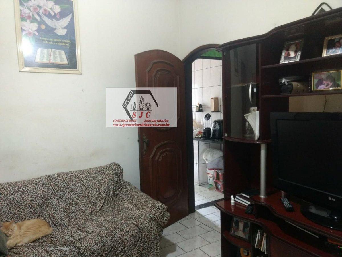 Casa a Venda no bairro Parque Planalto em Santa Bárbara D´Oeste - SP. 1 banheiro, 3 dormitórios, 1 suíte, 2 vagas na garagem, 1 cozinha,  área de serv