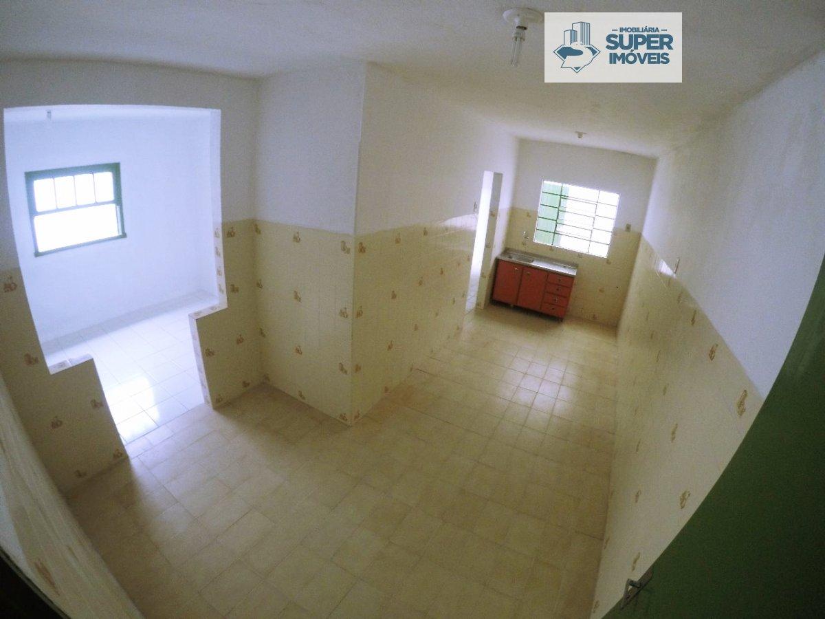 Casa a Venda no bairro Três Vendas em Pelotas - RS. 4 banheiros, 4 dormitórios, 5 vagas na garagem, 1 cozinha,  área de serviço,  sala de estar,  sala