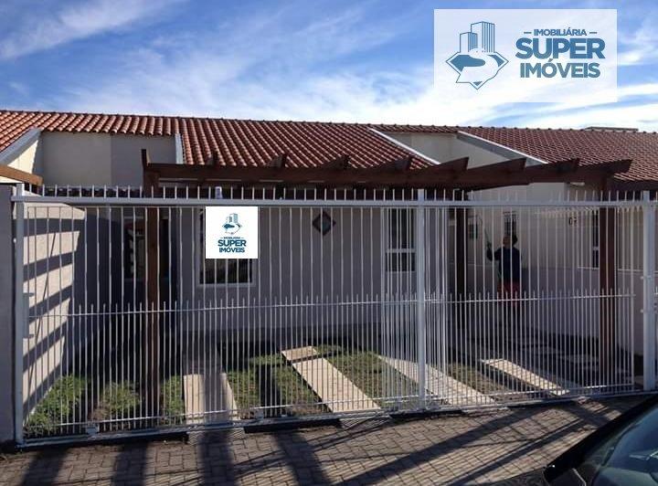 Casa a Venda no bairro São Gonçalo em Pelotas - RS. 2 banheiros, 3 dormitórios, 1 suíte, 2 vagas na garagem, 1 cozinha,  área de serviço,  sala de est