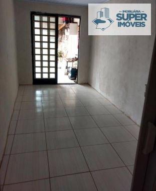 Casa a Venda no bairro Fragata em Pelotas - RS. 2 banheiros, 3 dormitórios, 2 vagas na garagem, 1 cozinha,  área de serviço,  sala de estar,  sala de