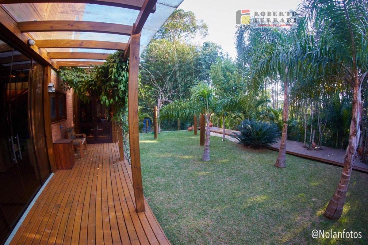Casa a Venda no bairro Arroio em Imbituba - SC. 2 banheiros, 3 dormitórios, 1 suíte, 2 vagas na garagem, 1 cozinha,  área de serviço,  lavabo,  sala d