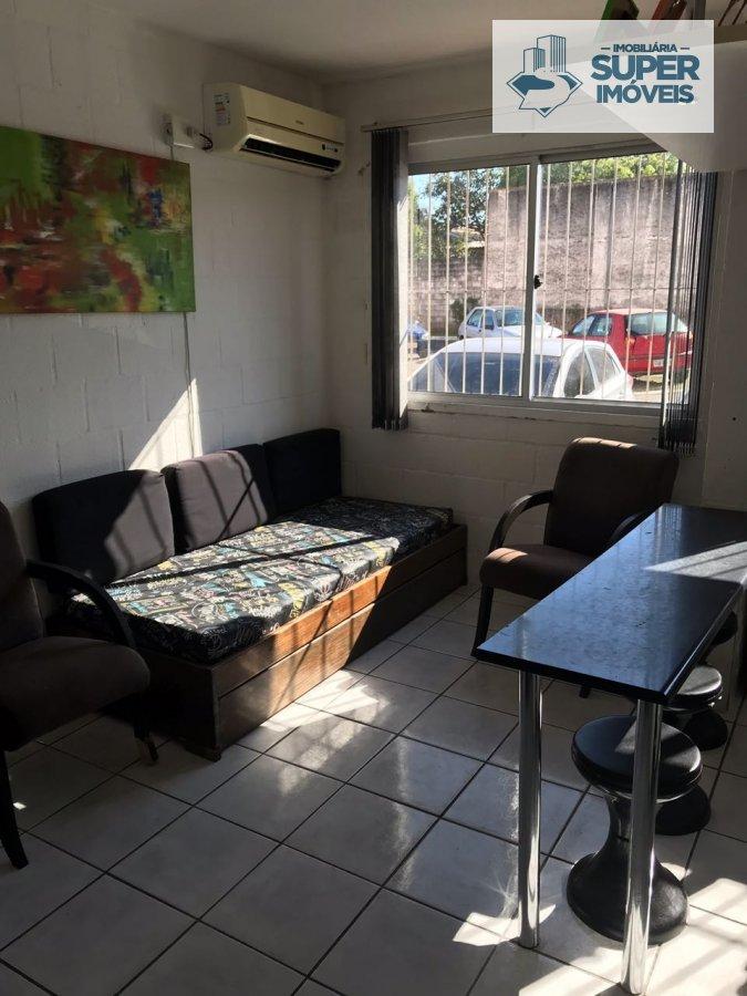 Apartamento a Venda no bairro Areal em Pelotas - RS. 1 banheiro, 2 dormitórios, 1 vaga na garagem, 1 cozinha,  área de serviço,  sala de estar.  - 807
