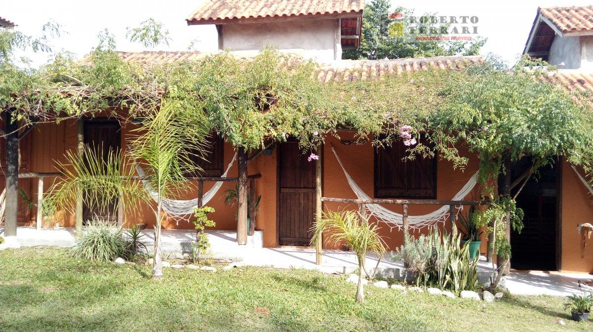 Pousada para Alugar no bairro Praia do Rosa em Imbituba - SC. 8 banheiros, 7 dormitórios, 7 suítes, 7 vagas na garagem, 1 cozinha.  - 234