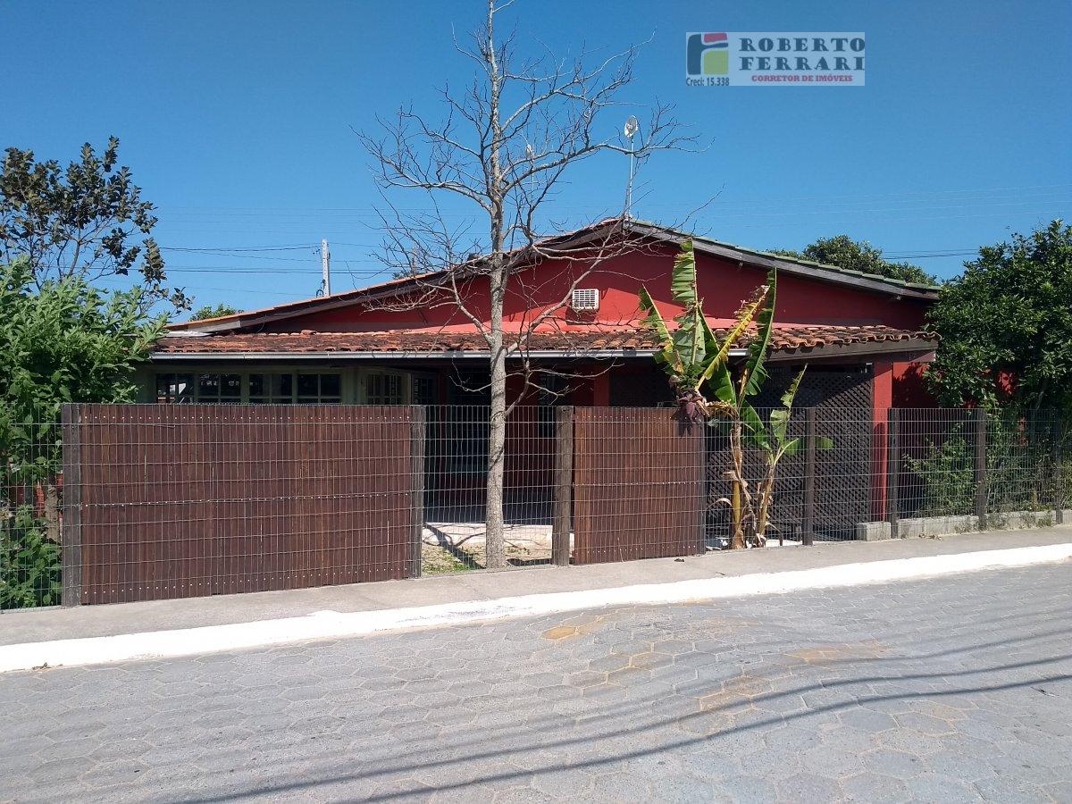 Casa para Alugar no bairro Ibiraquera em Imbituba - SC.  - 237