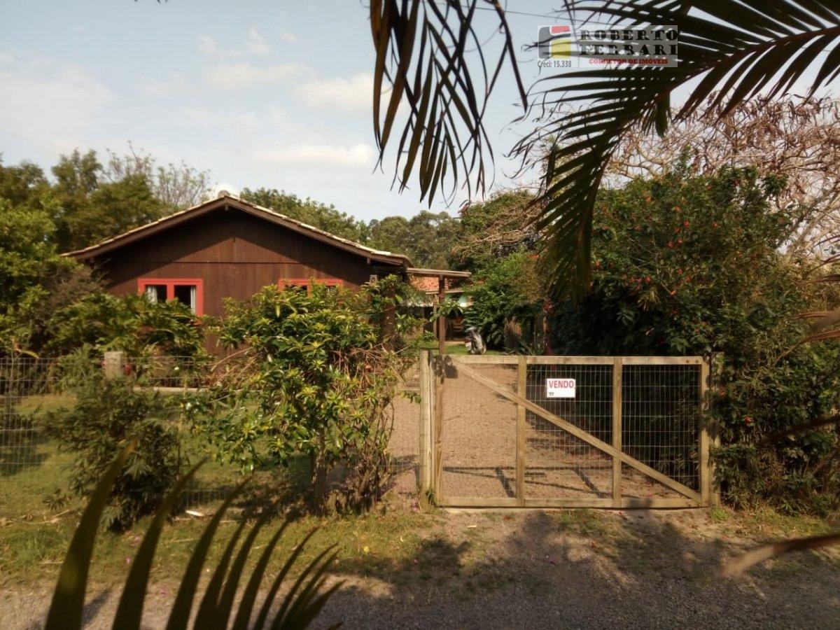 Casa a Venda no bairro Ibiraquera em Imbituba - SC. 1 banheiro, 1 dormitório, 1 vaga na garagem, 1 cozinha.  - 239