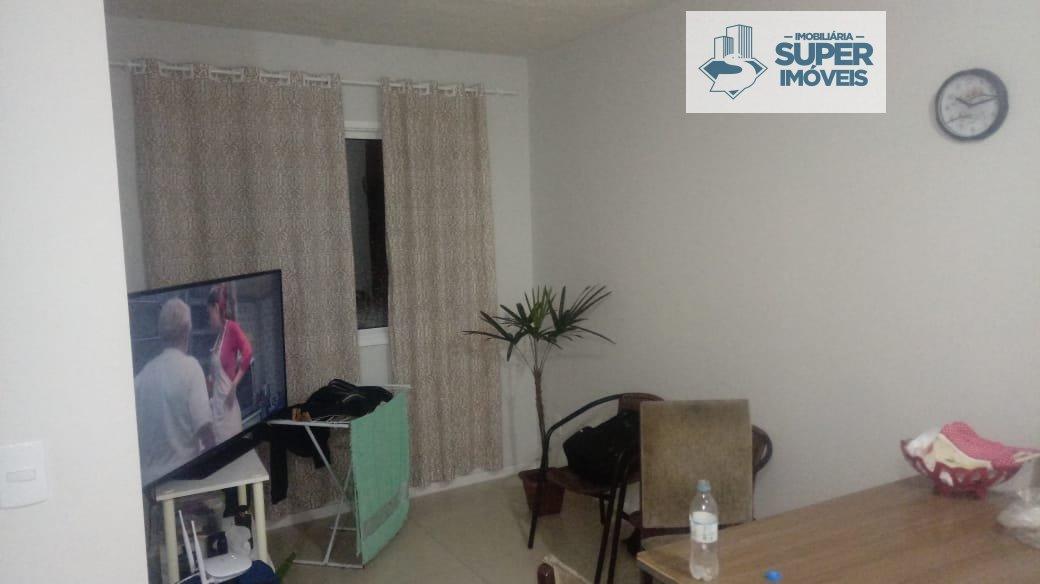 Apartamento a Venda no bairro Vila São João em Rio Grande - RS. 1 banheiro, 2 dormitórios, 1 vaga na garagem, 1 cozinha,  área de serviço,  sala de es