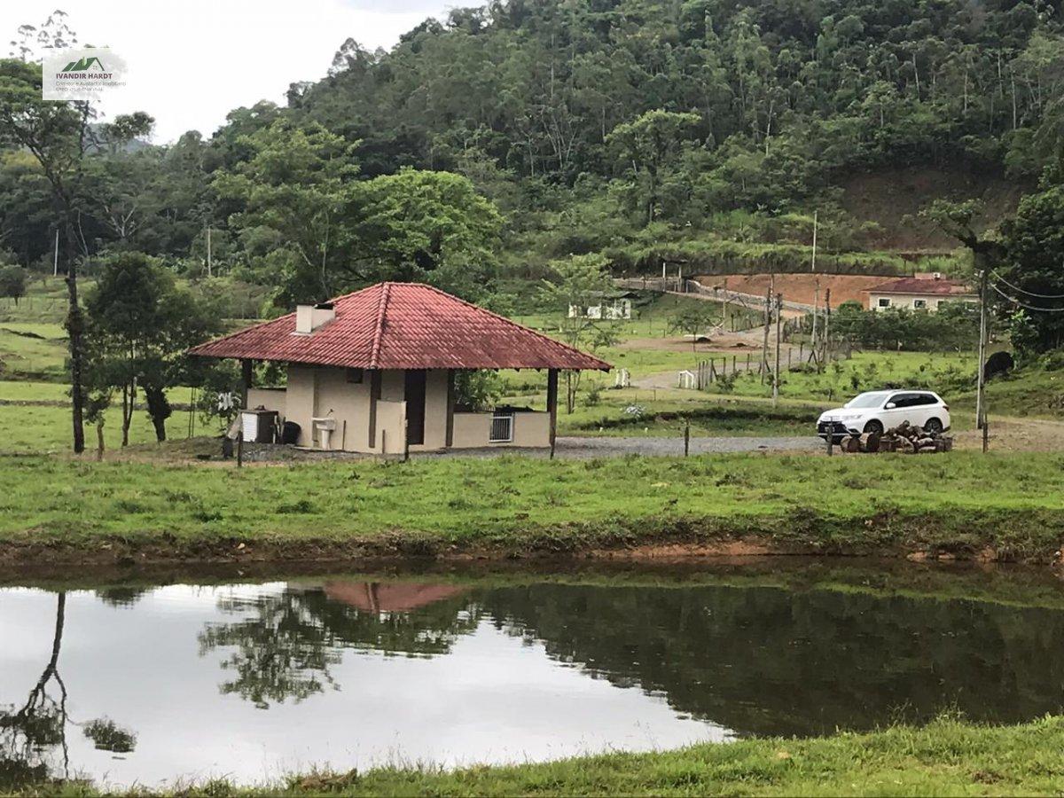 Fazenda/sítio/chácara/haras à venda  no Vila Nova - Joinville, SC. Imóveis