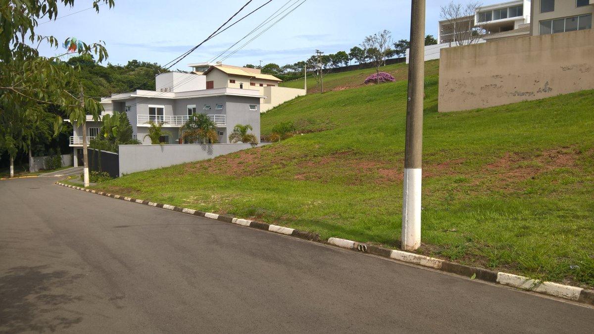 Terreno-Lote-para-Venda-em-Bosques-do-Junqueira-Tatui-SP