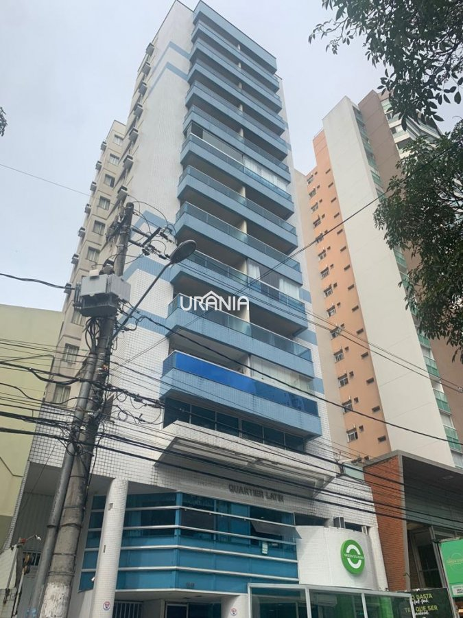 Apartamento a Venda no bairro Praia do Canto em Vitória - ES. 1 banheiro, 1 dormitório, 1 vaga na garagem, 1 cozinha,  área de serviço,  lavabo.  - 27