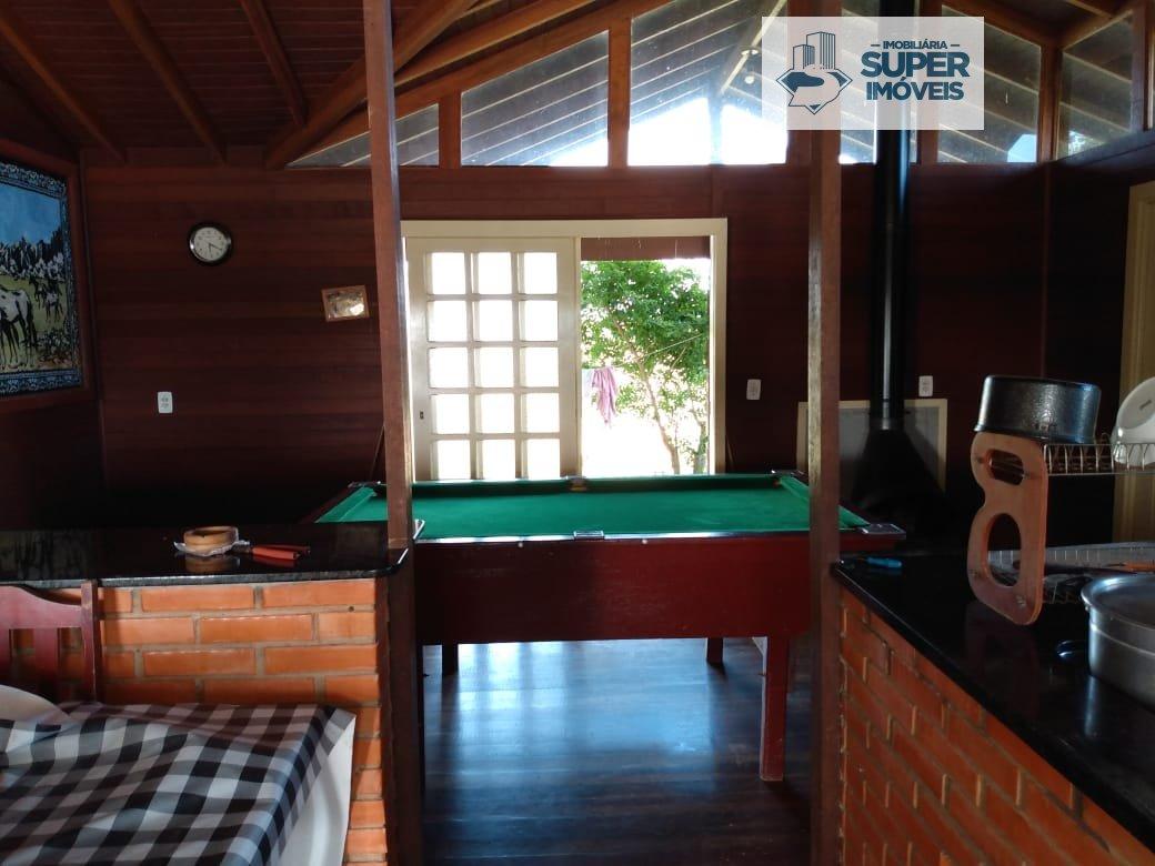 Chácara a Venda no bairro Centro em São José do Norte - RS. 2 banheiros, 3 dormitórios, 1 suíte, 1 vaga na garagem, 1 cozinha,  área de serviço,  sala