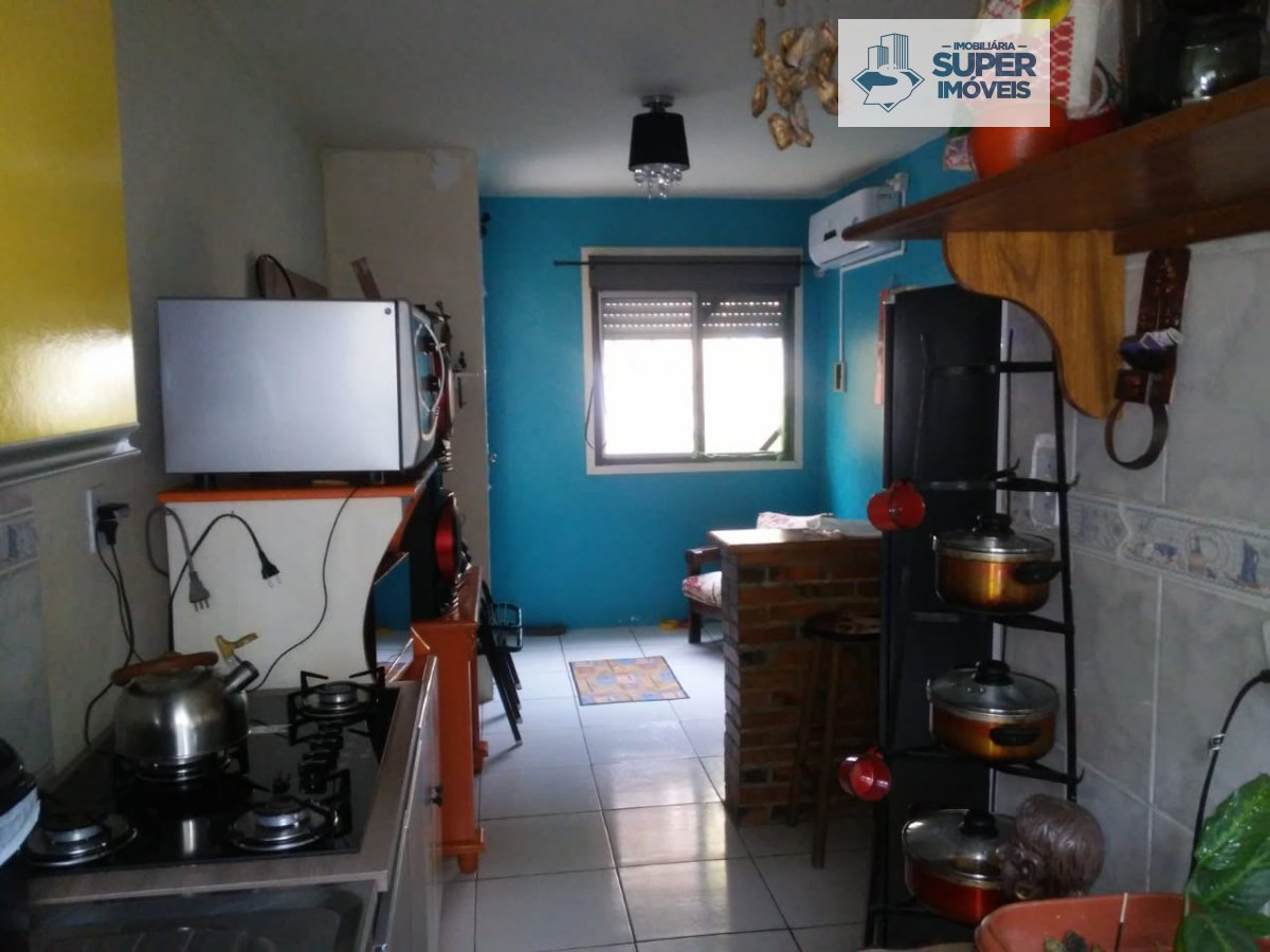 Apartamento a Venda no bairro São Gonçalo em Pelotas - RS. 1 banheiro, 2 dormitórios, 1 cozinha,  área de serviço,  sala de estar.  - 1000