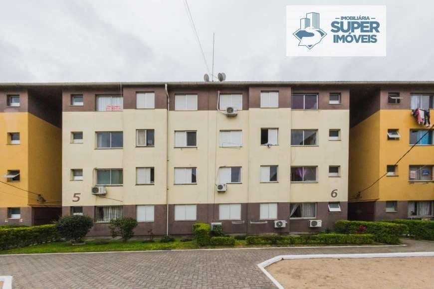 Apartamento a Venda no bairro Centro em Pelotas - RS. 1 banheiro, 2 dormitórios, 1 vaga na garagem, 1 cozinha,  área de serviço,  sala de estar,  sala