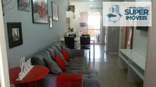 Casa a Venda no bairro Três Vendas em Pelotas - RS. 2 banheiros, 3 dormitórios, 2 suítes, 1 vaga na garagem, 1 cozinha,  área de serviço,  sala de est