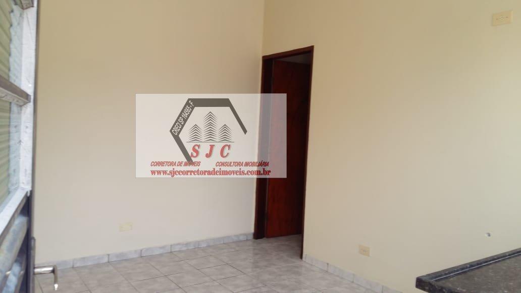 Casa para Alugar no bairro Vila Medon em Americana - SP. 1 banheiro, 1 dormitório, 1 cozinha,  área de serviço.  - 669