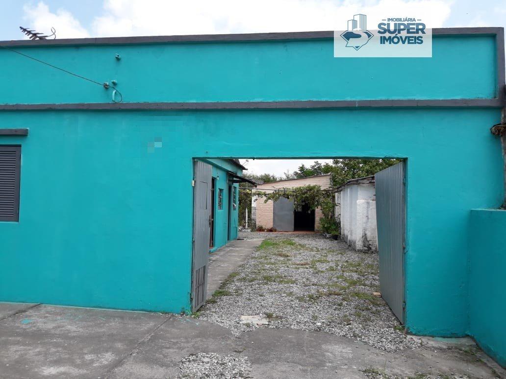 Casa a Venda no bairro Fragata em Pelotas - RS. 1 banheiro, 3 dormitórios, 1 vaga na garagem, 1 cozinha,  sala de estar,  sala de jantar.  - 1184
