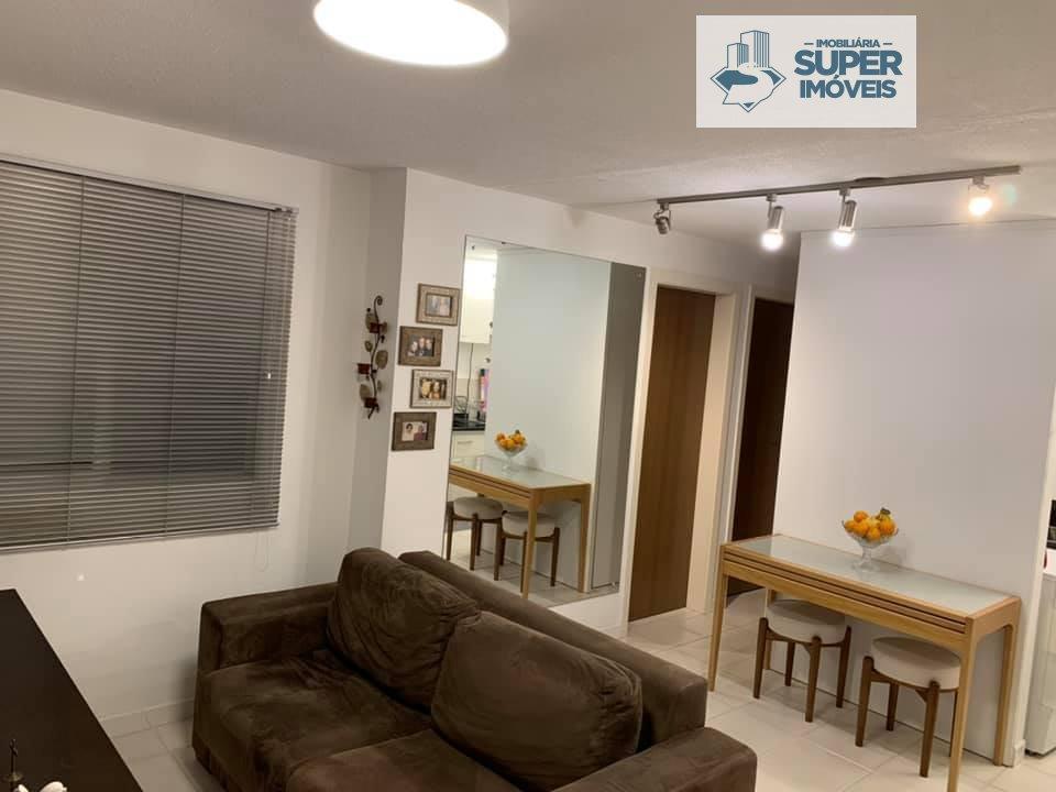 Apartamento a Venda no bairro Areal em Pelotas - RS. 1 banheiro, 2 dormitórios, 1 vaga na garagem, 1 cozinha,  área de serviço,  sala de estar,  sala