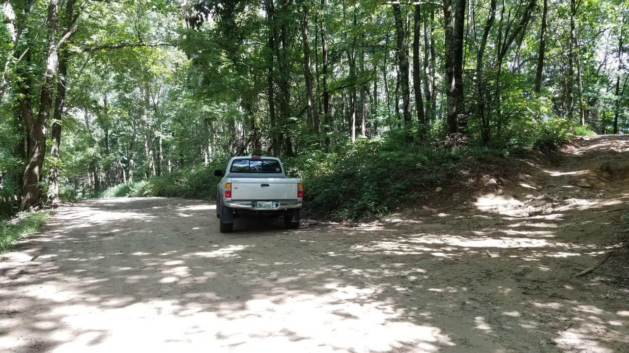 Tray Mountain Road - Waypoint 6: Camping Area