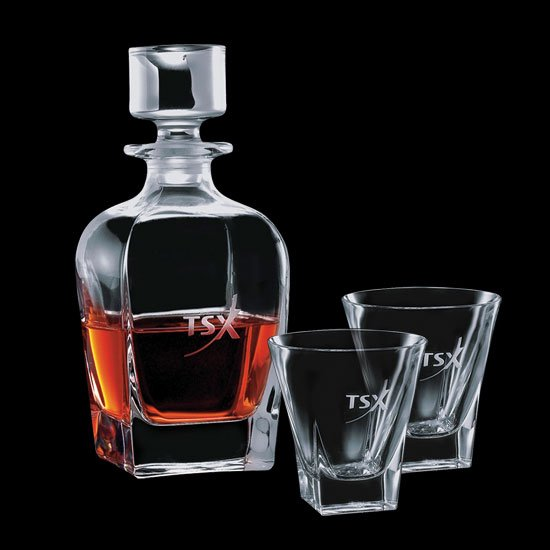 Chesswood Decanter & 2 On-the-Rocks
