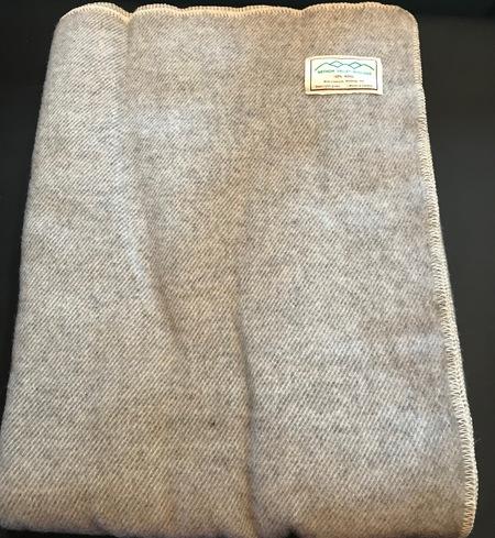 100% wool blanket (gray)