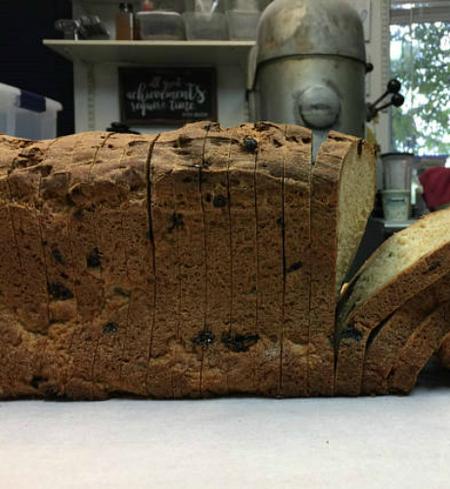 GF V Cinn Raisin O-A Bread