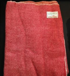 100% wool blanket (red)