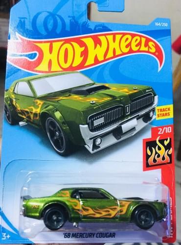 Hot cougar Hot Wheels