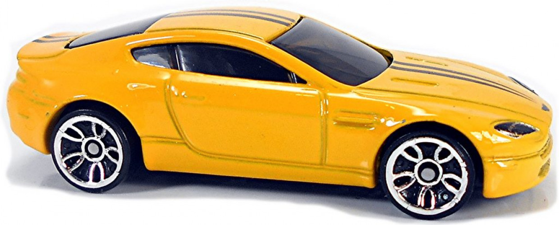 Aston Martin V8 Vantage Collect Hot Wheels