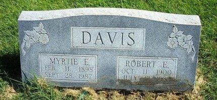 DAVIS, ROBERT E - Prowers County, Colorado | ROBERT E DAVIS - Colorado Gravestone Photos